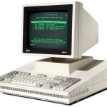 O UNIX surge como o primeiro sistema operacional